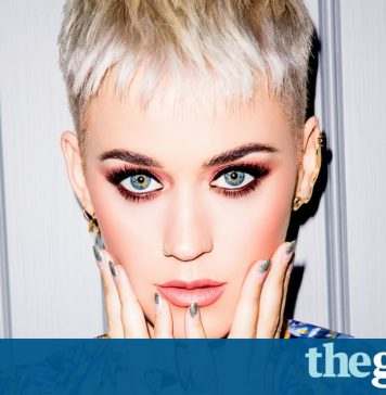 Why Is Katy Perry Flipping Tables? Here's What Made Her Angry!