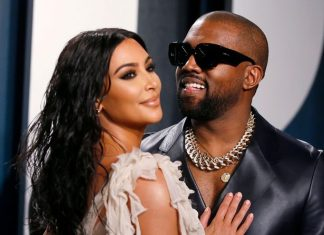 Kim Kardashian With Kanye On 'Make-Or-Break' Holiday