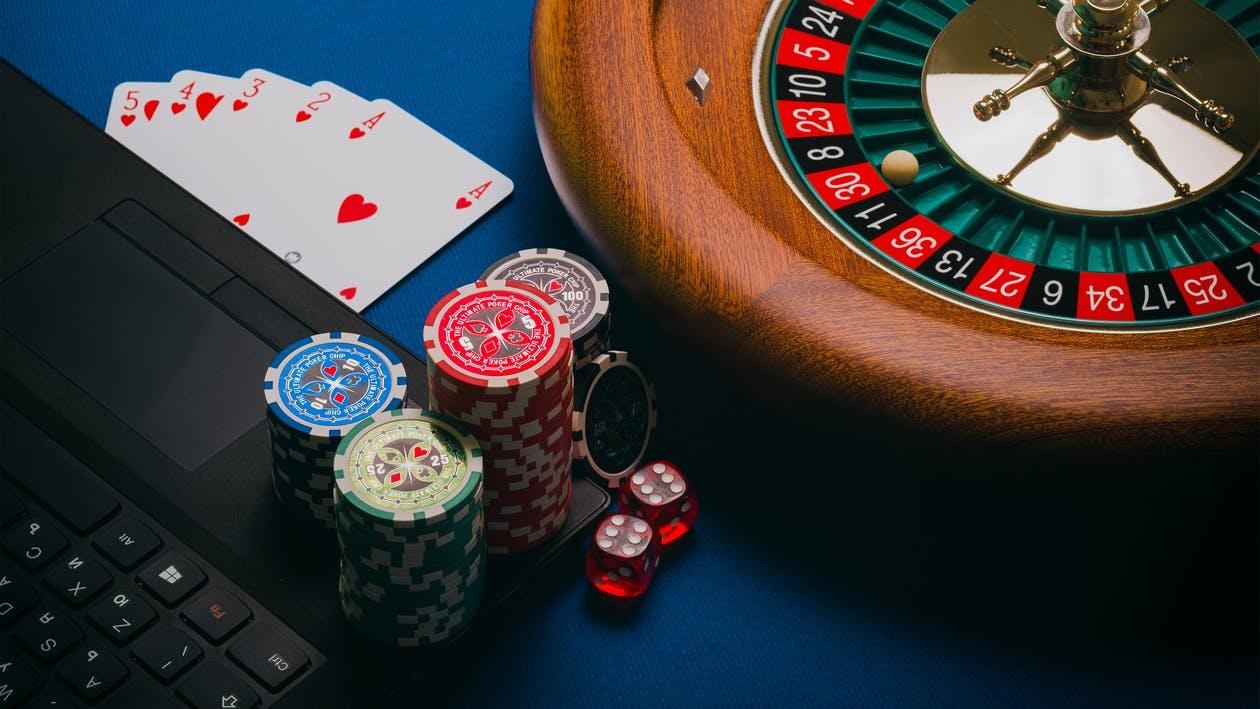 Free stock photos of addiction, lucky, gambling