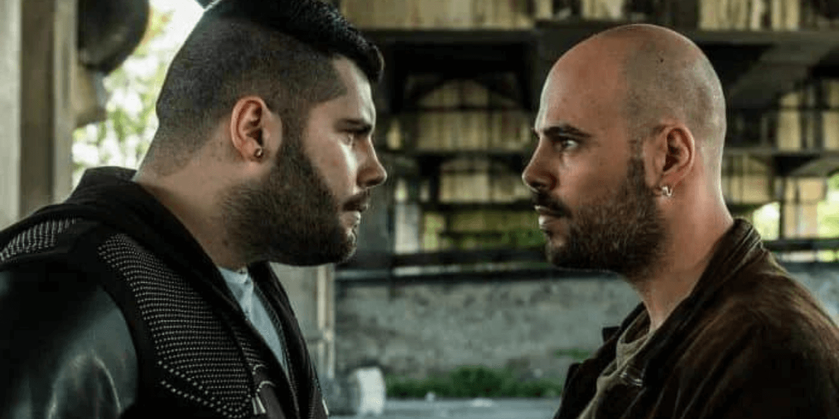 The main characters of the Gomorrah series face each other.
